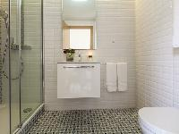 spic-and-span bathroom in Barcelona Eixample - Pau Claris Luxury Terrace Apartment 1