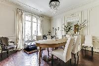 awesome dining area in Passy - Vignes luxury apartment