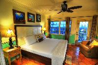 clean bedroom linens in Bahamas - Villa Allamanda King Suite B luxury apartment