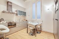 clean Downtown Barcelona - Rambla Catalunya luxury apartment