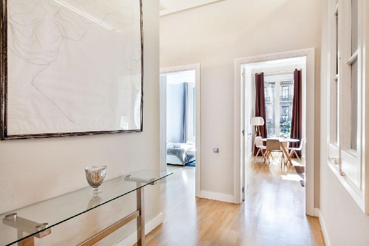 neat Downtown Barcelona - Rambla Catalunya luxury apartment