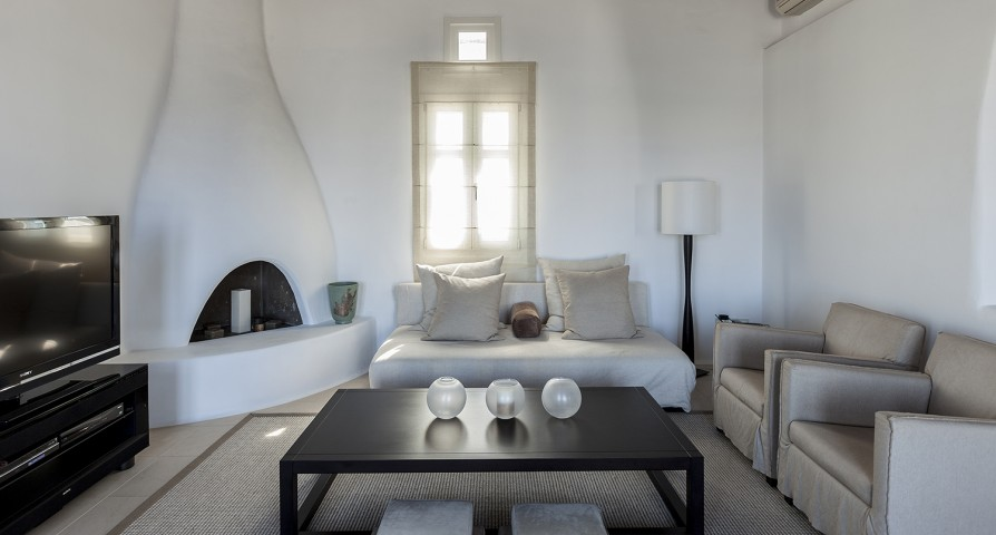 neat Villa Melia Mykonos luxury holiday home and vacation rental