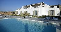 cool infinity pool of Villa Mermedia luxury holiday home and vacation rental
