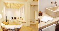 clean bathroom in Villa Mermedia luxury holiday home and vacation rental