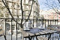 awesome Barcelona Uma Suites - Sagrada Familia Apartment 1 luxury holiday home and vacation rental