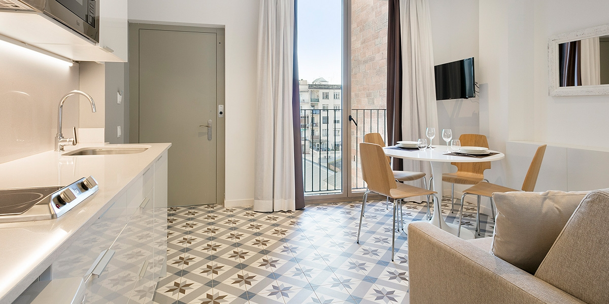 Barcelona Uma Suites - Sagrada Familia Suite 6