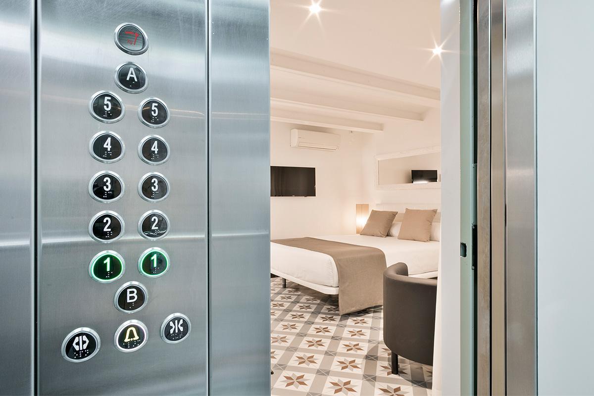 fully furnished Barcelona - Holy Family Tiny Studio 1 luxury apartment with balcony