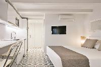 neat Barcelona Uma Suites - Holy Family Tiny Studio 2 luxury apartment