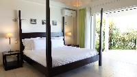 fresh bed sheets in Saint Barth Villa Au Coeur Du Rocher luxury holiday home, vacation rental