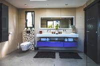 cool bathroom in Saint Barth Villa Open Space luxury holiday home, vacation rental