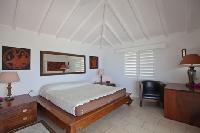 clean bed sheets in Saint Barth Villa Mystique luxury holiday home, vacation rental