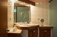 clean bathroom in Saint Barth Villa Natanya luxury holiday home, vacation rental
