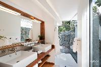 clean toilet and bath in Saint Barth Villa Lenalee luxury holiday home, vacation rental