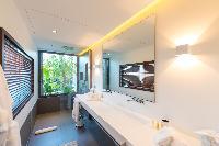 clean bathroom in Saint Barth Villa My Way luxury holiday home, vacation rental