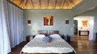 clean bedroom linens in Saint Barth Villa Au Rêve luxury holiday home, vacation rental