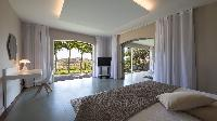 fresh bed sheets in Saint Barth Villa Au Rêve luxury holiday home, vacation rental