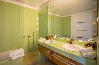 clean bathroom in Saint Barth Villa La Maison Sur Le Port luxury holiday home, vacation rental