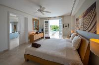 clean bed sheets in Saint Barth Villa La Maison Sur Le Port luxury holiday home, vacation rental