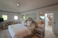 clean bed sheets in Saint Barth Villa Gouverneur Dream luxury holiday home, vacation rental
