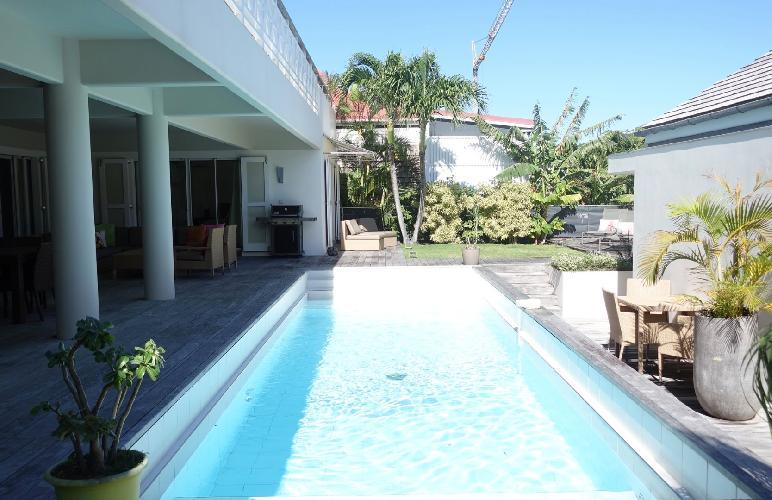cool swimming pool of Saint Barth Villa La Colline luxury holiday home, vacation rental