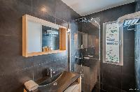 clean bathroom in Saint Barth Villa Kaloo luxury holiday home, vacation rental