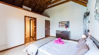 pristine bedding in Saint Barth Luxury Villa Estrela holiday home, vacation rental