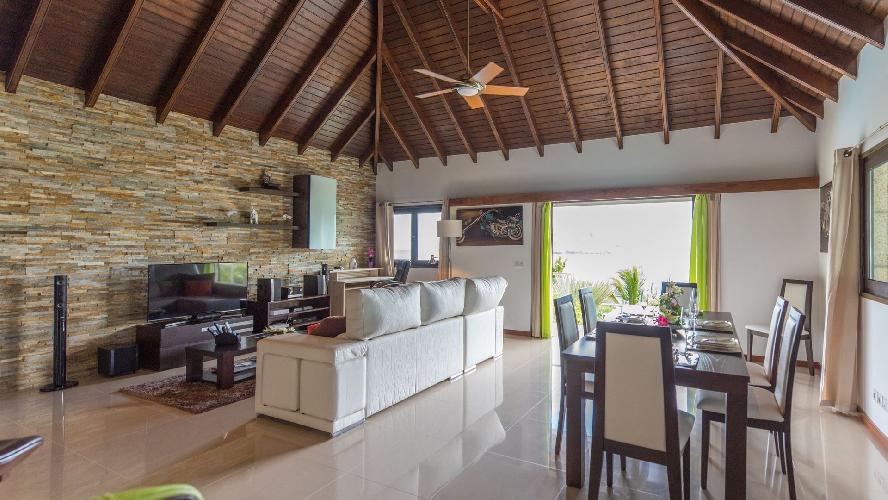 pleasant dining area in Saint Barth Luxury Villa Estrela holiday home, vacation rental