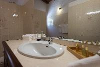 clean bathroom in Saint Barth Villa Tourterelle luxury holiday home, vacation rental