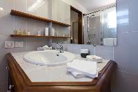 spic-and-span bathroom in Saint Barth Villa Tourterelle luxury holiday home, vacation rental