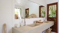 clean bathroom in Saint Barth Villa Ixfalia luxury holiday home, vacation rental