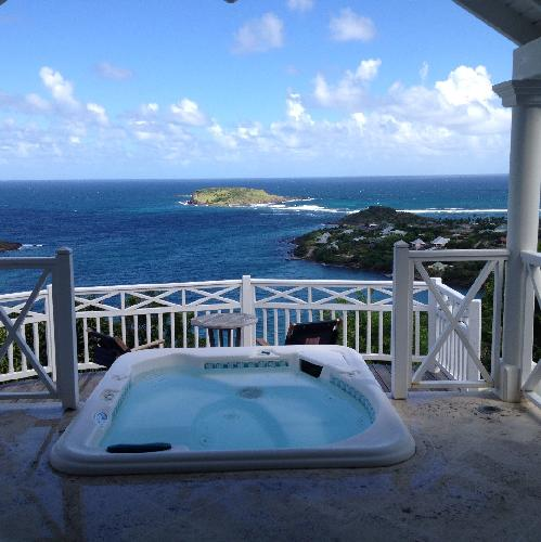 relaxing hot tub in Saint Barth Villa Milonga luxury holiday home, vacation rental