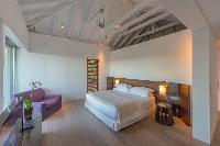 clean bed sheets in Saint Barth Villa Sereno 2 luxury holiday home, vacation rental
