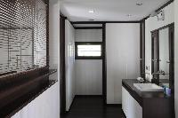 nice bathroom in Saint Barth Villa Dunes luxury holiday home, vacation rental