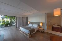 clean bed sheets in Saint Barth Villa Sereno 1 luxury holiday home, vacation rental