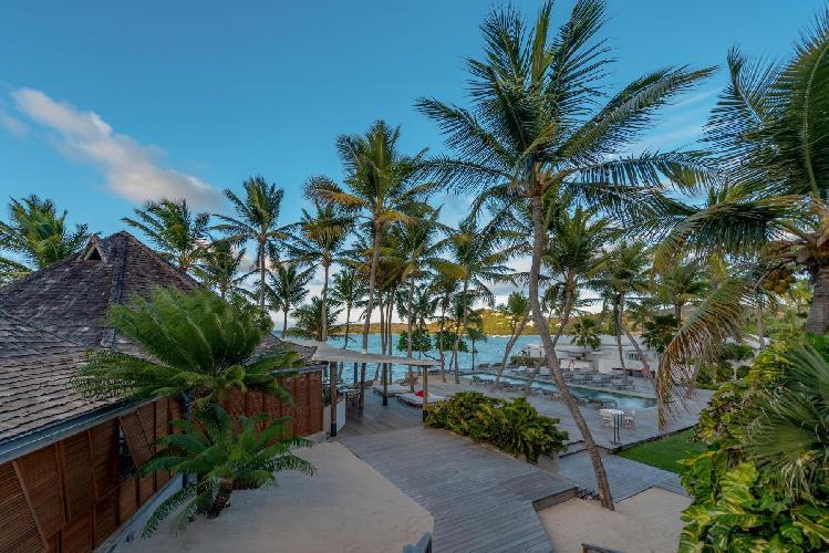 lush surroundings of Saint Barth Villa Sereno 1 luxury holiday home, vacation rental
