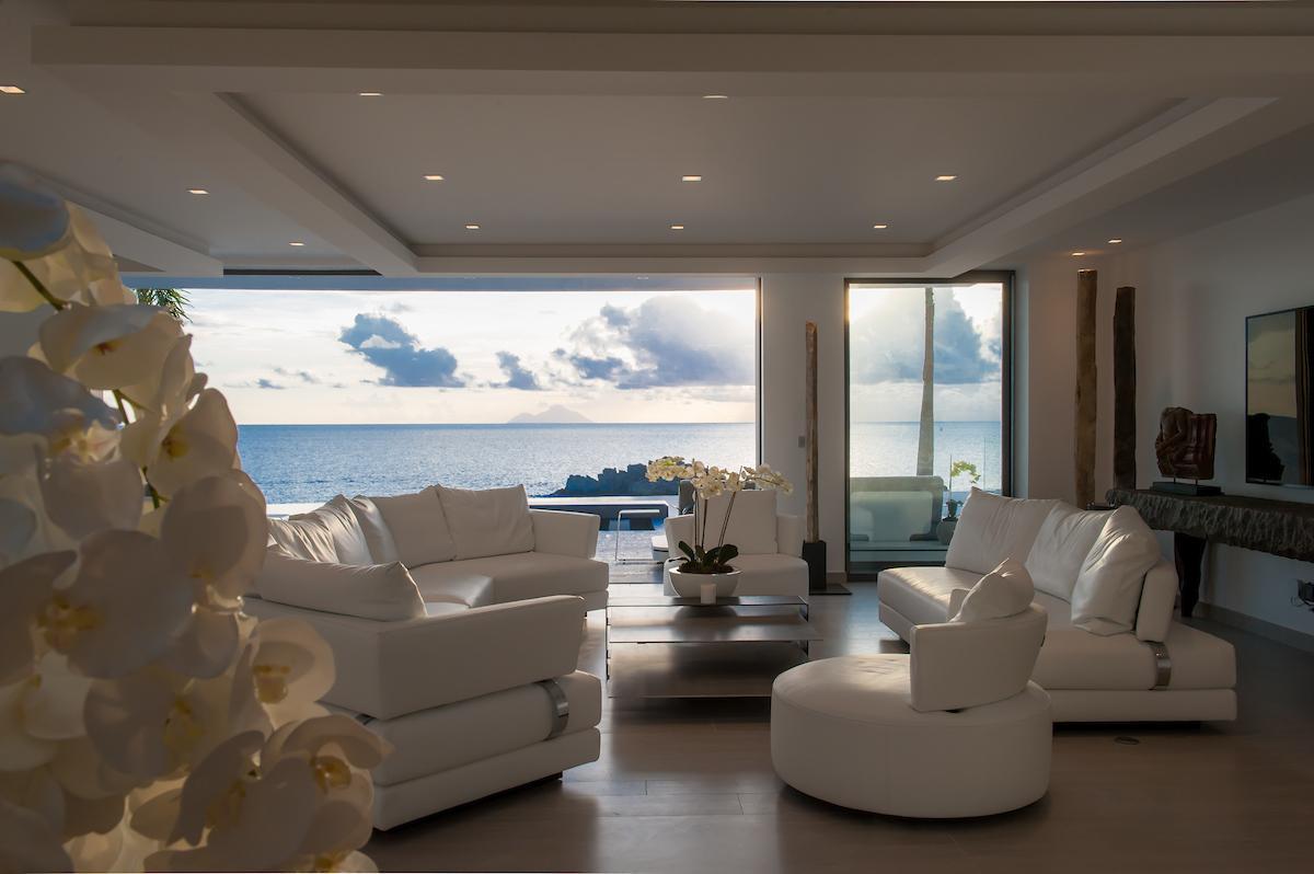 spacious Saint Barth Villa Axel Rocks luxury holiday home, vacation rental