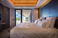 prsitine bedding in Saint Barth Villa Legends B luxury apartment, holiday home, vacation rental