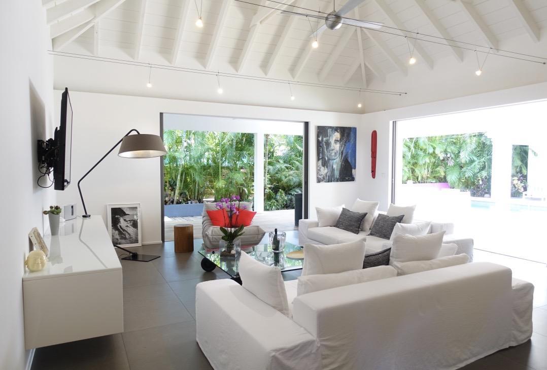 impressive ceiling of Saint Barth Luxury Villa Gaia holiday home, vacation rental