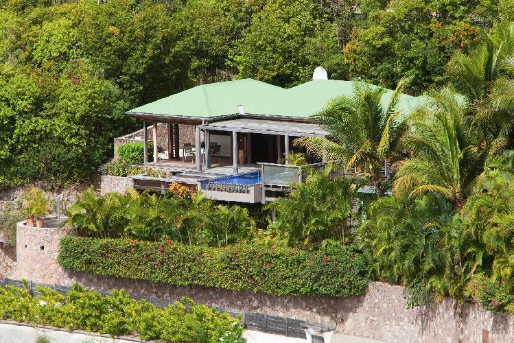 lovely garden of Saint Barth Villa Samsara luxury holiday home, vacation rental