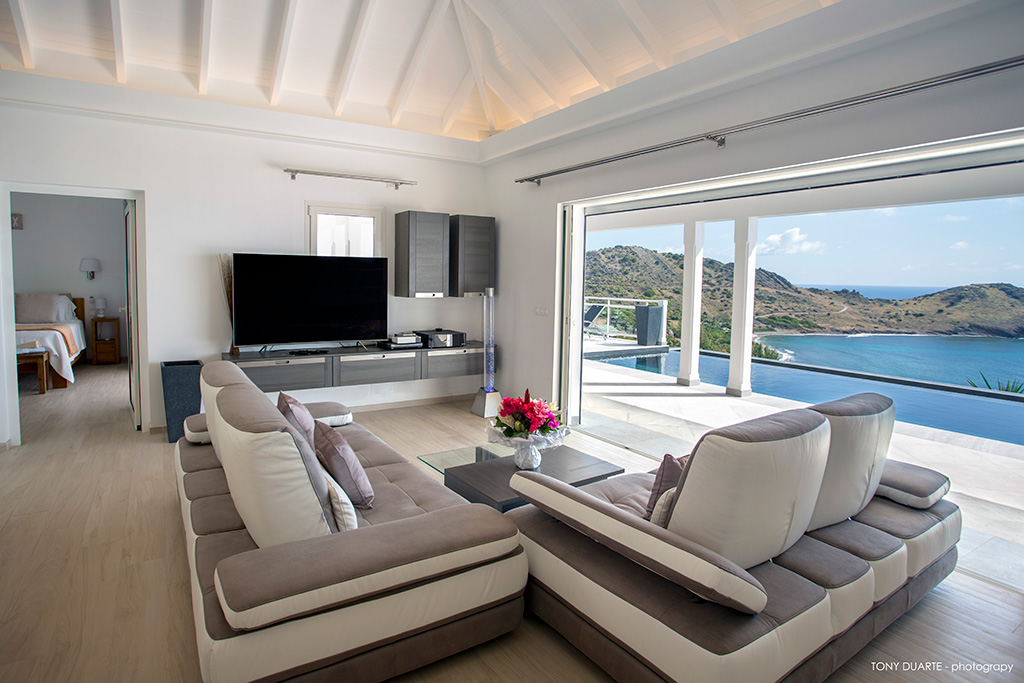 beautiful seafront Saint Barth Villa Cacao luxury home, vacation rental