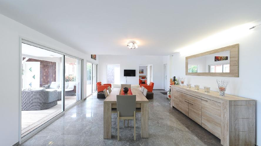 nice dining area in Saint Barth Villa Wild Blue Estate luxury holiday home, vacation rental