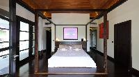clean bed sheets in Saint Barth Villa Silver Rainbow luxury holiday home, vacation rental