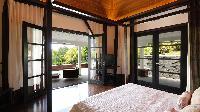 fresh bed sheets in Saint Barth Villa Silver Rainbow luxury holiday home, vacation rental