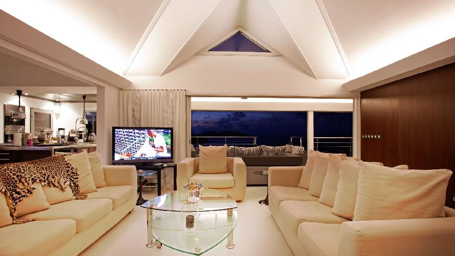incredible ceiling of Saint Barth Villa Panama holiday home, luxury vacation rental