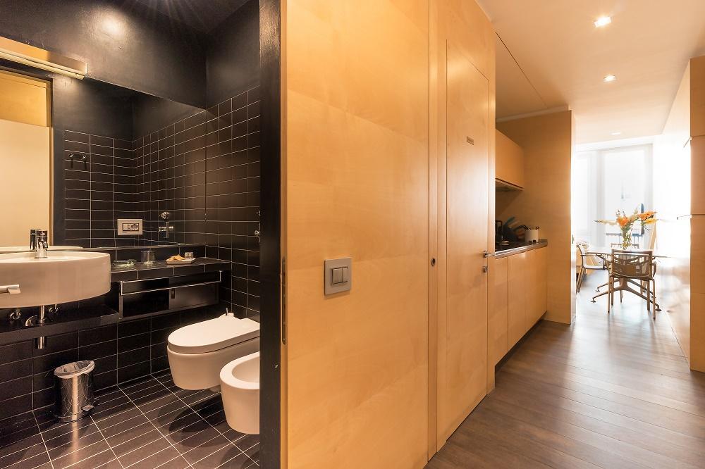 spacious Milan - Modern Studio D luxury apartment