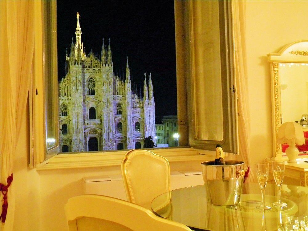 awesome view from Milan - Duomo Open Space luxury apartment
