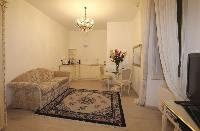 fully furnished Milan - Duomo One Bedroom luxury apartment
