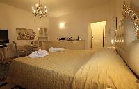 well-appointed Milan - Duomo Studio luxury apartment
