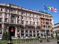 amazing buildings near Milan - Duomo Studio luxury apartment