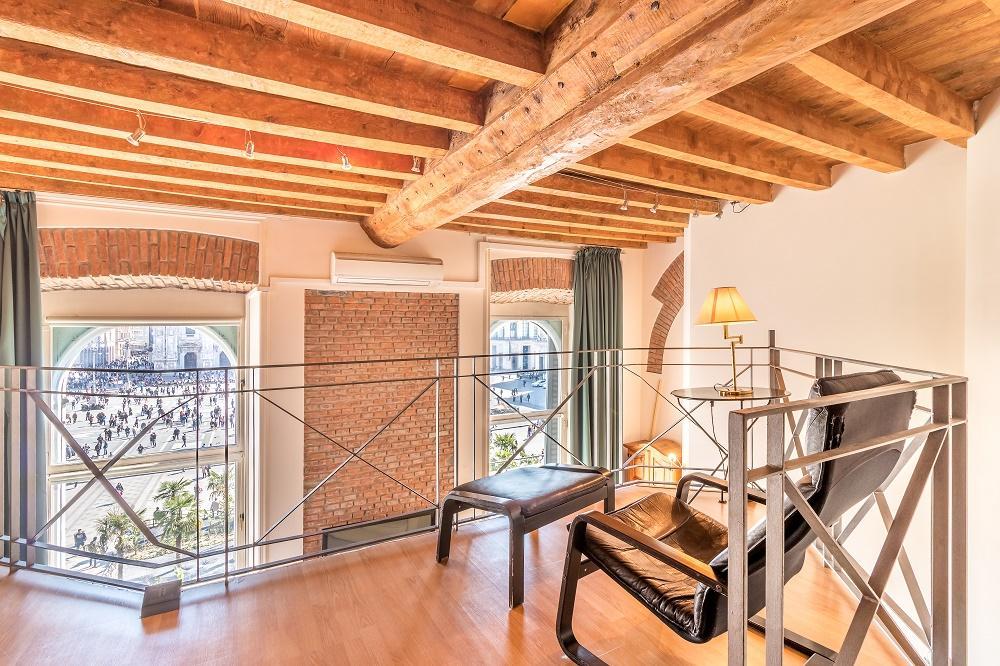 nifty Milan - Duomo Split Level luxury apartment